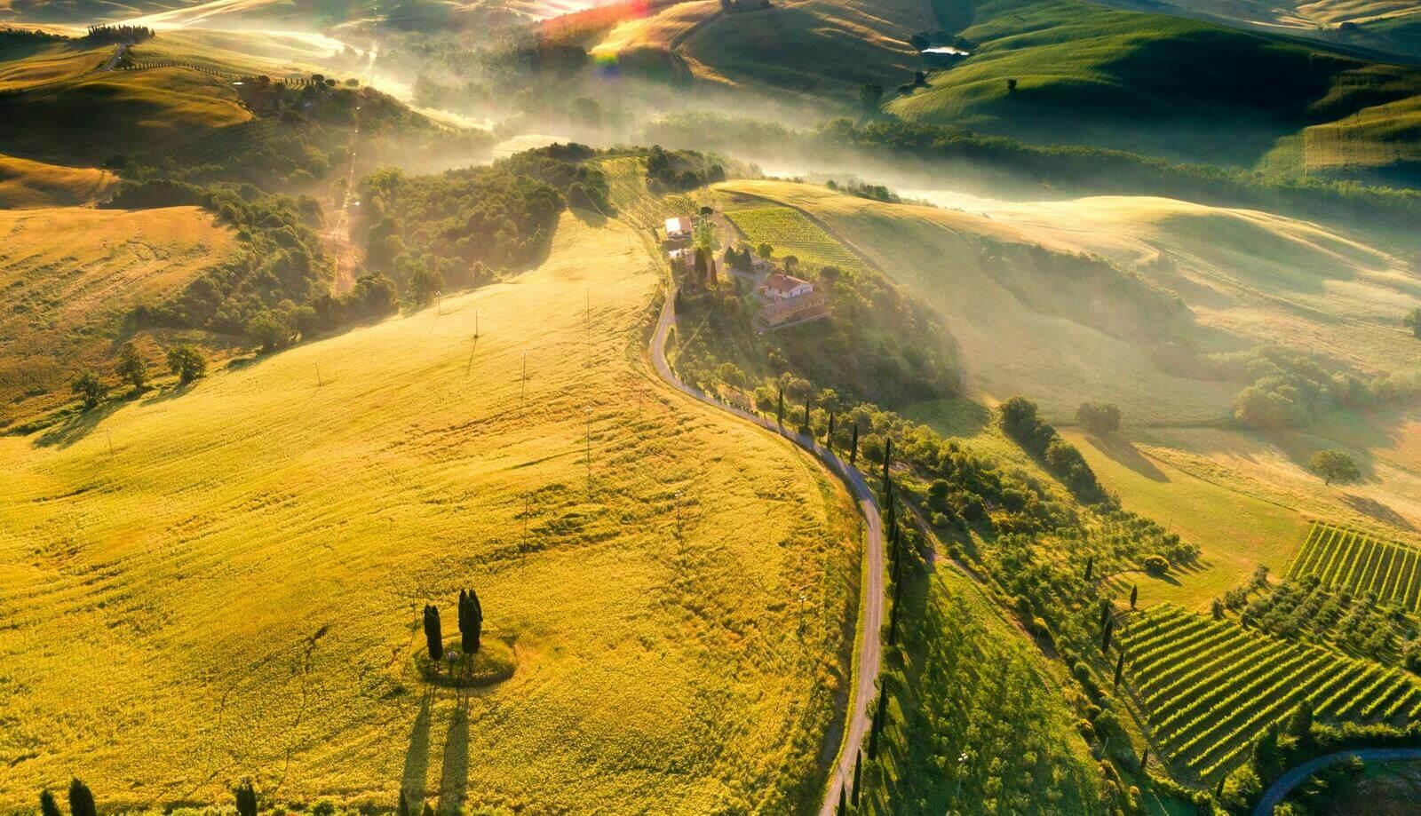 krajobraz toskanii z lotu ptaka
